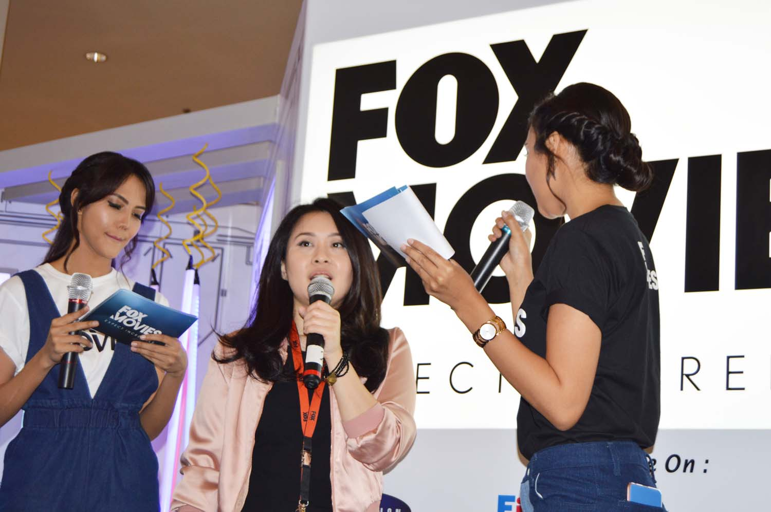 <a  style='text-decoration: none; font-weight:bold;' href=http://www.redwhitecommunication.com:80/index.php/_home/news/id/MTIy.php>Fox Movies Lakukan Perubahan Saluran Mulai 10 Juni 2017</a>