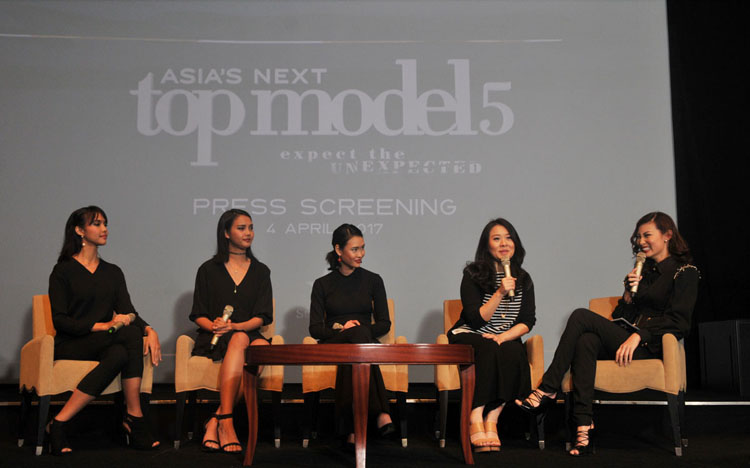 <a  style='text-decoration: none; font-weight:bold;' href=http://www.redwhitecommunication.com:80/index.php/_home/news/id/MTE4.php>14 Model Berbakat Siap Bersaing Meraih Juara Asia's Next Top Model 5</a>